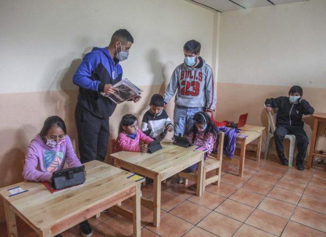 Sin las clases presenciales las igualdades se acrecientan en Ecuador